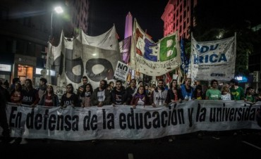 Marcha federal en defensa de la educación Pública