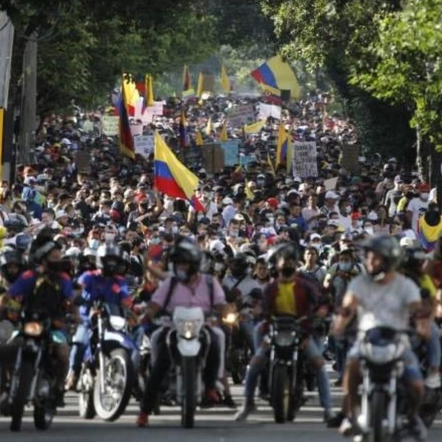 Estalla Colombia contra el ajuste: relatos en primera persona