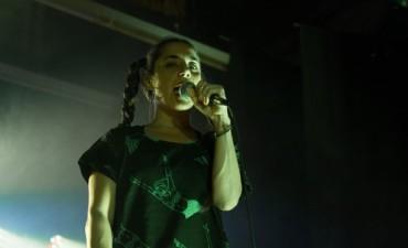 Noche de hip hop femininja con Sara Hebe y Alto Guiso